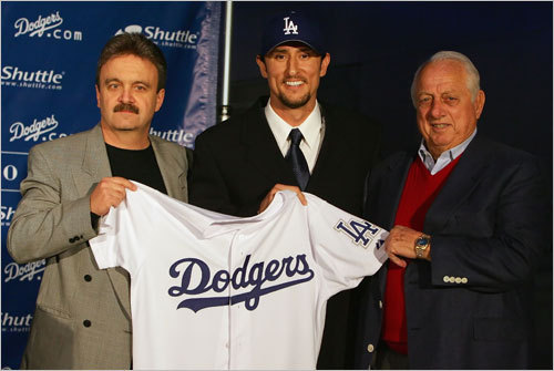A free agent after the 2005 season, Garciaparra signed with the Los Angeles Dodgers on Dec. 19, 2005. Although he had spent most of his career at shortstop, he voluntarily moved to first base in 2006.