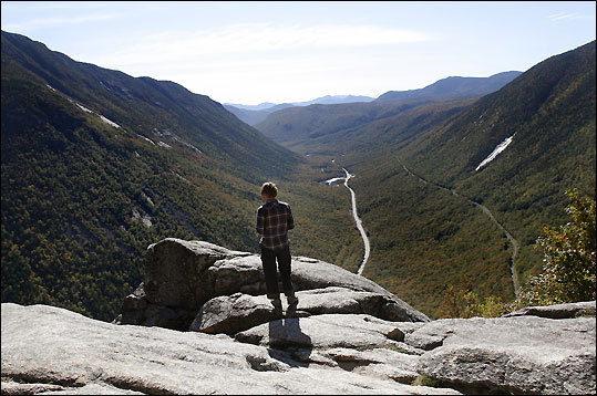 If your youngster is not yet game for the Presidential Range, the tree-shrouded Mount Willard Trail delivers big rewards after a mile-and-a-half of hiking. A drop-away view of Crawford Notch