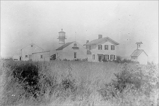 Juniper Island, a 13-acre spot in Lake Champlain, was home to the first lighthouse in the area. Prior to 1826, navigation took place via lanterns hung on trees by landowners. The original lighthouse had to be replaced less than two decades after its construction. The keeper's house was destroyed by fire in 1962, however the current owners have recently rebuilt it.