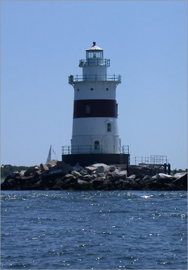 Built in 1884, there is some debate as to whether this lighthouse is actually in Connecticut or New York. It is located on Fishers Island Sound, 4 miles from Mystic, and can viewed from the Connecticut shore. It is not open to the public.