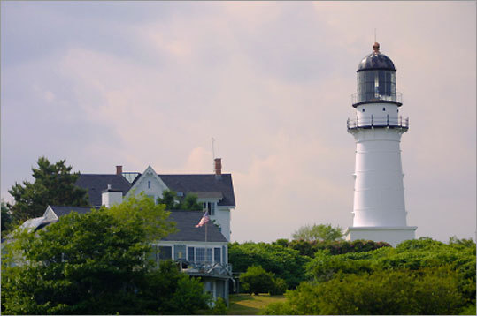 Cape Elizabeth shines the most powerful light in Maine, visible for 27 miles. For many years there were two stone light towers at this spot, however the west tower was discontinued in 1924. The east tower still serves as a navigational aid. * Not open to the public.