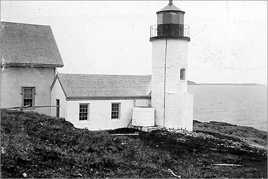 Erected on Pond Island, at the entrance to Narraguagus Bay, in 1853, the Narraguagus Light sits on a rocky ledge. After being discontinued in 1934, the light station was sold and is now under private ownership. It can only be seen from the sea. The lighthouse marks the west entrance to Narraguagus Bay. *Not open to the public.