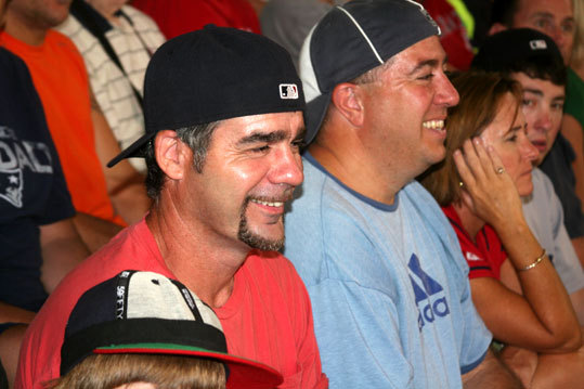 This is the best Mike Lowell doppelganger we've seen at Fenway since this guy during the 2007 ALCS .