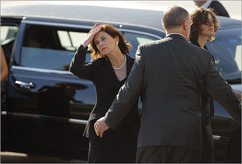Kennedy's widow, Victoria Reggie Kennedy, arrived at the JFK Library with other family members.