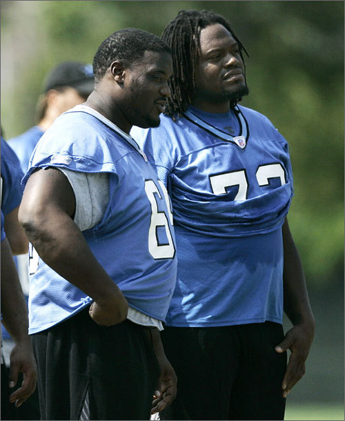 Damien Woody Woody (left) was a mainstay on the Patriots offensive line from 1999 until 2003. In March 2004 he signed with the Detroit Lions and played two seasons. In 2008, he joined former Patriots coach Eric Mangini with the New York Jets. In 2009, Woody started all 16 regular-season games for the Jets and came back to start 13 games in 2010 before getting released before the NFL lockout. Woody officially announced his retirement from football after 12 seasons in August. He joined ESPN as an NFL studio analyst, just like Mangini.