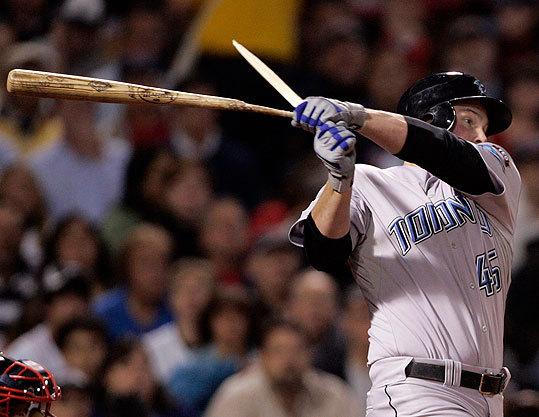 Travis Snider of the Blue Jays broke his bat on an RBI single during the first inning.