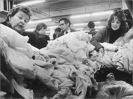 Shoppers rifled through bins inside the Filene's Basement store at Downtown Crossing in 1977.