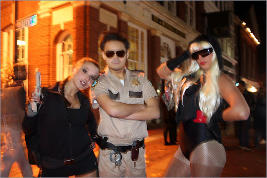 Lara Croft and Lieutenant Dangle from Reno 911 served as Lady GaGa's security for the night.