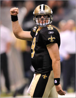 Saints quarterback Drew Brees celebrated after his 20-yard touchdown pass to Marques Colston during the fourth quarter.