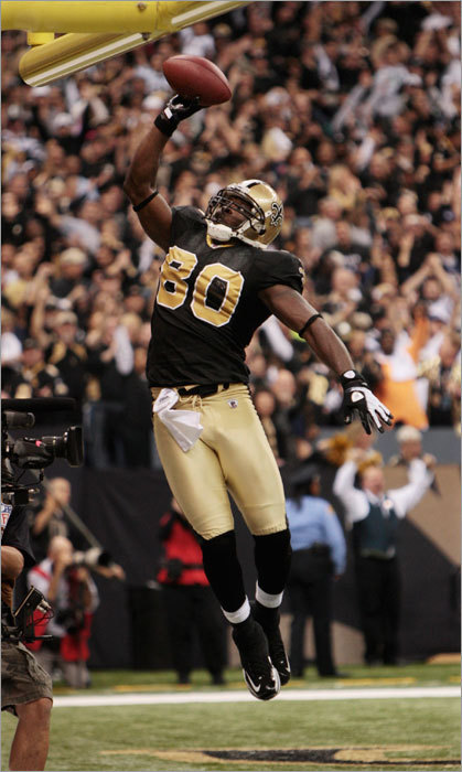 Darnell Dinkins celebrated his touchdown during the third quarter that helped the Saints increase their lead over the Patriots.