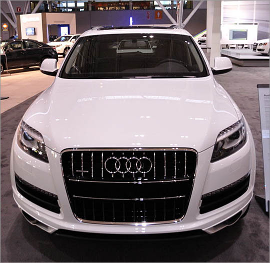 Audi Q7 Diesel: Latest Audi Cars: 2010 Alt-fuel Choices: Audi Q7 TDI