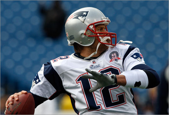 Patriots quarterback Tom Brady warmed up about an hour before gametime.