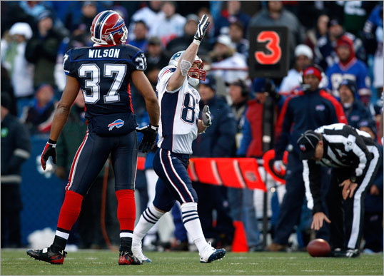 Patriots wide receiver Wes Welker signaled first down after making a crucial reception on third and 6 in the fourth quarter.