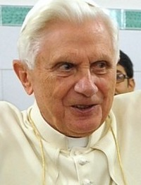 Pope Benedict XVI visited a soup kitchen yesterday in the Trastavere section of Rome.
