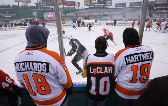 The Flyers had a few fans stop by to watch their practice.