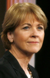 TAKING SIDES Martha Coakley and Scott Brown traded news of ca