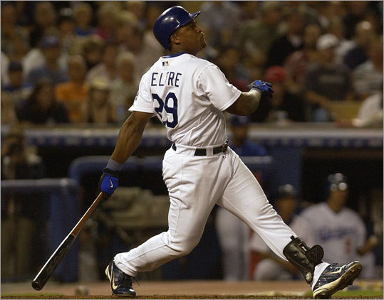 Beltre debuted with the Dodgers as a 19-year-old during the 1998 season, batting .215 with seven homers in 214 plate appearances. He was the youngest player in the Major Leagues that season, and the following year, when he batted .275 with 15 home runs in 152 games, he was the third-youngest, behind St. Louis's Rick Ankiel and Cincinnati's Gookie Dawkins.