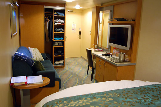 An inside stateroom on the Oasis.