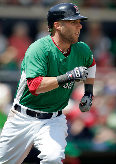 Dustin Pedroia hit an RBI single off Mike Pelfrey in the third inning.