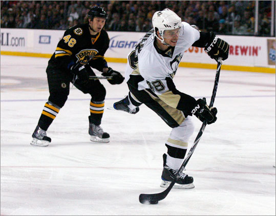 After the fight, a hockey game broke out, and Pittsburgh's Tyler Kennedy scored the first goal on a slap shot in the first period.