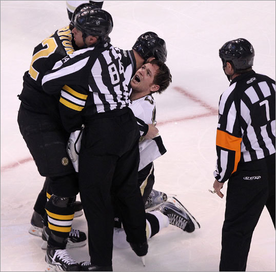 Thornton controlled most of the fight until the players were separated, with Cooke and Thornton exchanging words as they were pulled apart.