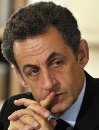 The rumors about President Nicolas Sarkozy and his wife were in a blog.