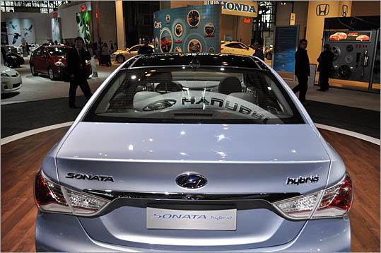2011 Hyundai Sonata Blue Hybrid