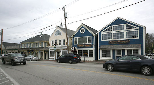 In Kennebunkport, you'll find a great number of options for dining and lodging, from the high end to moderately priced.