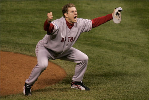 Following the footsteps of Foulke, who closed out the Red Sox' four-game World Series sweep in 2004, Papelbon record the final out three seasons later as the Sox finished off the Colorado Rockies in four games. In seven games and 10.2 innings that postseason, he did not allow a single runner to cross home plate.