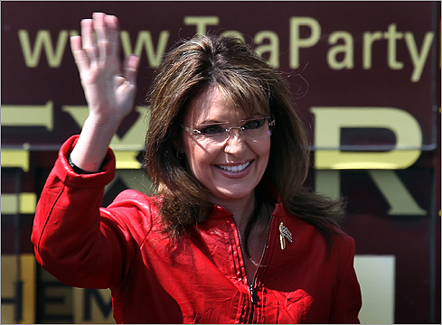 Palin waved to the crowd.