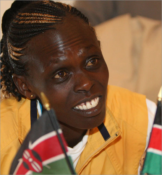 Salina Kosgei of Kenya is the defending champion of the women's race.