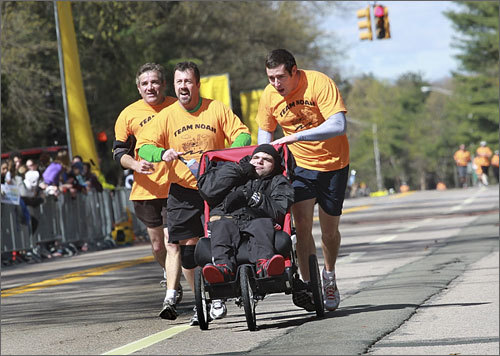 Team Noah rolled together through the Wellesley College portion of the marathon.