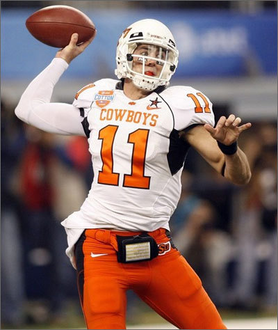 Zac Robinson was the Patriots last pick in the draft and 250th overall. After the college season Robinson was projected to be a late round pick. His stock improved with a good performance in the Senior Bowl and the combine. At Oklahoma State Robinson threw for 8,317 yards and 66 touchdowns. In his first year as the Cowboys starter he was one of only two Bowl Subdivision players to rush for over 800 yards and throw for over 2,800. The other player was that year's Heisman trophy winner Tim Tebow. <!-- // define variables var date = new Date(); var current_time = date.getTime(); // write SCRIPT tag to browser document.writeln(' '); // -->