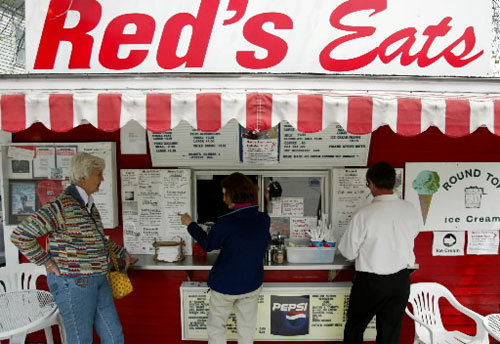 Red's Eats, Wicasset, Maine Situated in an old-school trailer, this Wicasset shack is a Route 1 landmark famous for its lobster rolls which they maintain is created with an entire one-pound lobster. Best of all, Red's lobster roll isn't slathered with mayonaise (though you can get it on the side, along with melted butter), allowing diners to enjoy the true taste of Maine lobster. Generally regarded as the state's best roll of its kind. Main St., Wiscasset, Maine