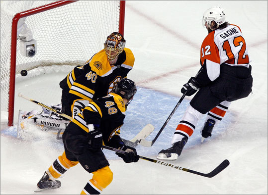 Flyers left wing Simon Gagne scored his second goal 6:48 into the third period on a breakaway.