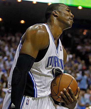 Dwight Howard showed frustration as things continued to go wrong for the Magic.