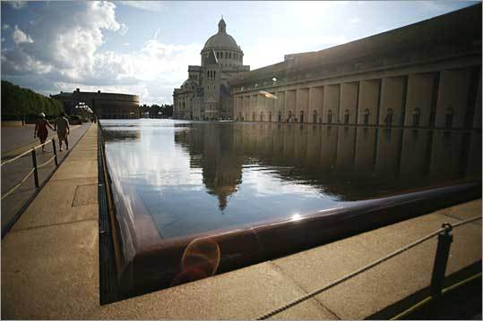 Enough oil to... ...fill the 686-foot reflecting pool in Boston's Christian Science Plaza 132 times.