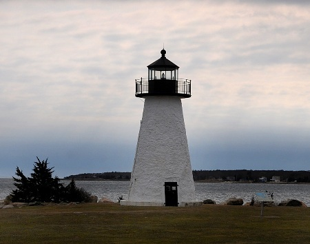 Ned's Point Light Mattapoisett Harbor Year lighted: 1838 Current use: Active aid to navigation Maintained by: Coast Guard; grounds maintained by town of Mattapoisett Visiting: Grounds open daily; tower open Thursdays 10 a.m. - noon in July and August
