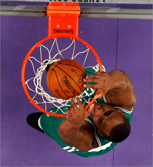 Glen Davis -- who had 8 points and 7 rebounds in 18 minutes in Game 2 -- dunked the ball in the third quarter.