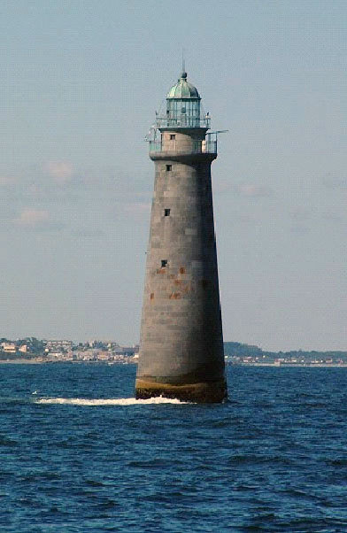 Minot's Ledge Light Year lighted: 1860 Current use: Active aid to navigation Maintained by: Coast Guard Visiting: Visible from Government Island, Cohasset, and Scituate. Best seen by boat. Cruises around Minot's Ledge Light and other local lighthouses scheduled June 26, July 17, and Aug. 21. For information, visit www.fbhi.org .