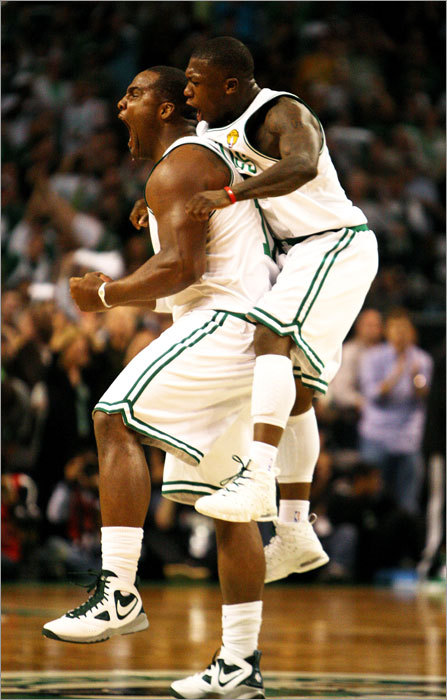 Celtics forward Glen Davis (left) and guard Nate Robinson played key roles off the bench in the fourth quarter as the Celtics defeated the Lakers 96-89 to even the NBA Finals at 2-2.