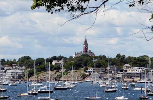 Marblehead's Old Town is filled with buildings still standing from the 17th century and the Colonial era. You can also visit some modern boutiques that carry high-end merchandise.
