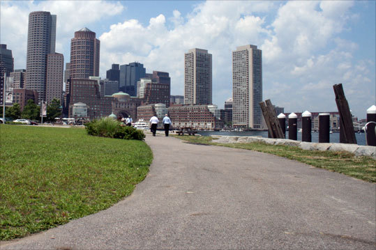One of the best ways to see the area is by following the self-guided Boston Harbor Walk tour signs. These trails give scenic views of the city's waterfront from Charlestown all the way to South Boston.
