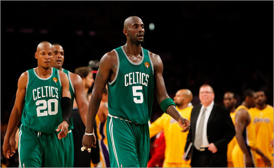 Kevin Garnett Last season: 14.3 ppg, 2.7 apg, 7.3 rpg There are two theories on Kevin Garnett. The first is that he's getting older and will continue to decline. The second is that he'll finally be more than a full year removed from a knee injury and should show improved play from last season. Let's meet in the middle and assume Garnett will be about the same. He'll have good days and bad, good weeks and weeks where he looks broken down. He's still a better than average power forward and the key to the Celtics defense. Who has the edge at power forward? Market Research