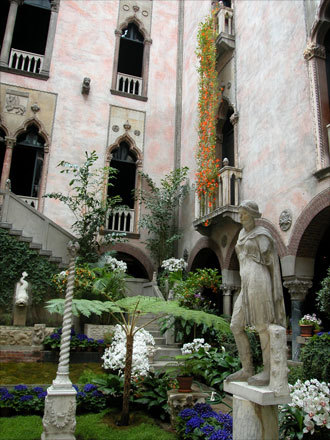 The Naperville Community Associates of the Art Institute of Chicago traveled to Massachusetts for a fine arts marathon, taking in multiple museums and galleries. First stop on the tour was the Isabella Stewart Gardner Museum in Boston.