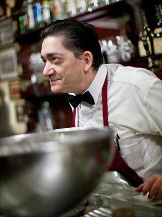 A waiter at Casa Alberto.