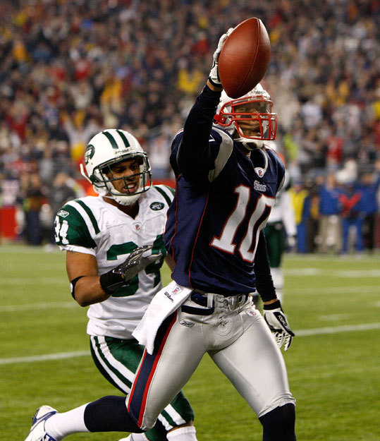10. Jabar Gaffney, WR (2006-08, pictured). Rarely ran a flawed route. 11. Drew Bledsoe, QB (1993-2000). Pretty good . . . 12. Tom Brady, QB (2000--) . . . pretty great. 13. Ken Walter, P (2001-03, '06) Subpar punter, but a heck of a holder. 14. Steve Grogan, QB (1975-90). Mobile in his youth, beloved for his toughness later.