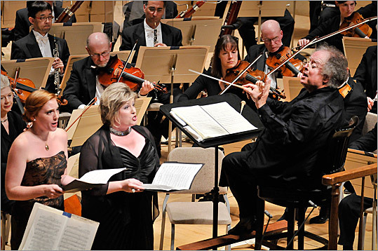 Music director James Levine led the Boston Symphony Orchestra's performance of Mahler's Second Symphony last night.