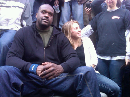 Celtics center Shaquille O'Neal decided Thursday was the day to spend an hour in Harvard Square as a 'statue.'