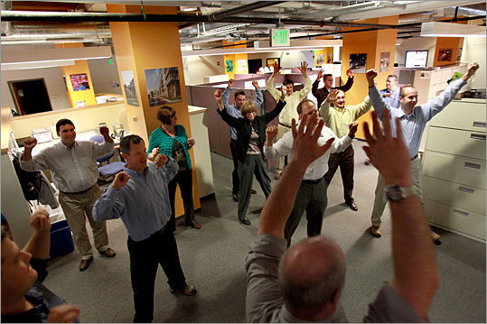 Skanska employees worldwide participate in Stretch and Flex exercises in the morning.
